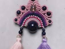 谢谢牧歌老师的设计和教学哈,我用了颗14 的珠子73号线,边上的珠子好像配大了些😊空了再按照材料表尺寸做一个哈。