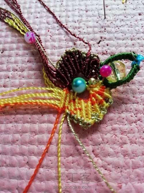 叶韵,叶千姿百态,青绿碧翠,姹紫嫣红,枯叶飞黄,真是编织的万般模板。 第14步