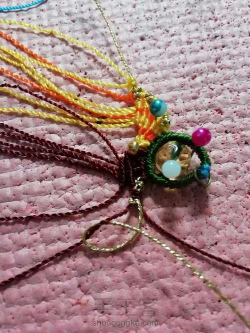叶韵,叶千姿百态,青绿碧翠,姹紫嫣红,枯叶飞黄,真是编织的万般模板。 第6步