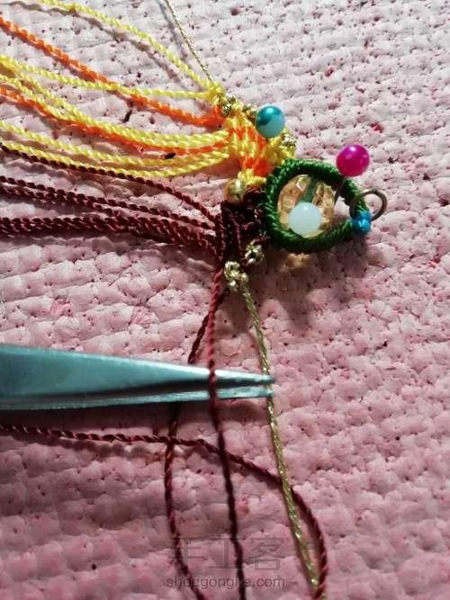 叶韵,叶千姿百态,青绿碧翠,姹紫嫣红,枯叶飞黄,真是编织的万般模板。 第9步
